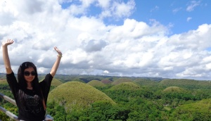 The famous chocolate hills ^_^